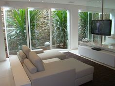Beautiful Decoration With A Lovely Indoor Garden