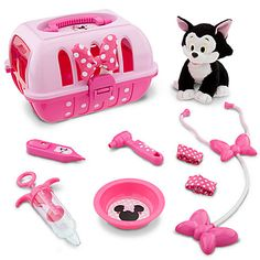 Disney Store Minnie Mouse Vet Care Set with 7 Figaro Plush Doctor Vetinarian Cat Puppy Toddler Toys, Baby Toys, Kids Toys, Minnie Mouse Toys, Minnie Mouse Party, Baby Alive, Mickey And Friends, Disney Toys, Disney Merchandise