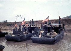Border Patrol Operations on the Vinh Te Canal extended from the Bassac River to Tinh Bien and the Giang Thanh River to Ha Tien along the Cambodian Border in Vietnam Brown Water Navy, Navy And Brown, Vietnam History, Vietnam War Photos, Navy Special Forces, North Vietnam, Navy Military, War Photography, United States Navy