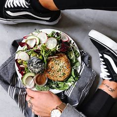 Eating Out Vs. Eat Fit Food Delivery By Caroline Groth