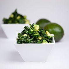 Massaged Kale Salad with Homemade TJs Island Soyaki Dressing & Avocado Healthy Salad Recipes, Paleo Recipes, Healthy Eats, Raw Vegan, Vegan Vegetarian, My Favorite Food, Favorite Recipes, Massaged Kale Salad, Vegan Blogs