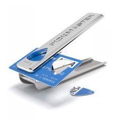 Une machine qui crée votre médiator. Votre vieille carte bleu aura encore une utilité avant de rendre l'âme
