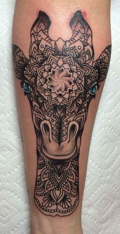 38 Imaginative Giraffe Tattoo Designs | Amazing Tattoo Ideas