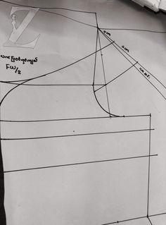 Coat Patterns, Dress Patterns, Sewing Patterns, Crochet Patterns, Sewing Hacks, Sewing Tutorials, Aya Couture, Pattern Drafting, Jacket Pattern