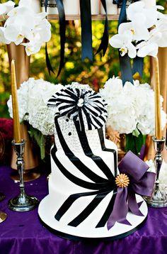 My striped fascinator veil on Rock n' Roll Bride!!!!