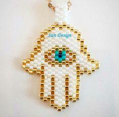 Fatma Ananın Eli #miyuki #beads #fatmanıneli #peyotestitch #hamsa #jewellery  #pattern #peyote #brick #stitch #kumboncuk