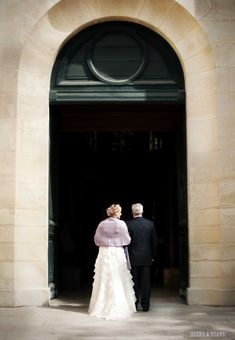 A wedding in Paris! >> I LOVE this shot! photo by beersandbeans.com
