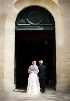 A wedding in Paris! >> I LOVE this shot! photo by beersandbeans.com