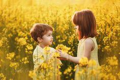 Copii si familie - Fotografie de familie by Magda Constantin Smelling Flowers, Girls Dresses, Flower Girl Dresses, Rap, Wedding Dresses, Children, Dresses Of Girls, Bride Dresses, Young Children
