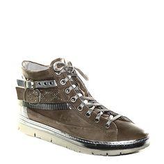 #Sneaker in pelle sfumata marrone di #Khrio  http://www.tentazioneshop.it/scarpe-khrio/sneaker-14133-tortora-khrio.html