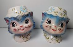 Vintage Lefton JAPAN Miss Priss 1511 Cat Kitty Salt and Pepper Shakers Blue