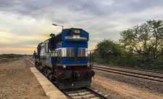 ABR WDM-3A #16792 gets detached from the rake of 14659 Delhi - Jaisalmer Intercity Express for reversal at Pokaran.