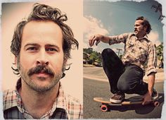 Jason Lee in My Name Is Earl. Loved him in Mall Rats too. Gosh, he is so attractive. Must be the brown eyes :))