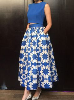 Blue Sleeveless Crop Top With Floral Skirt 42.57