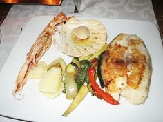 Fresh seafood straight to your plate ...