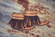 Gorgeous custom Lucchese Gypsy Boots. These boots truly have it all!