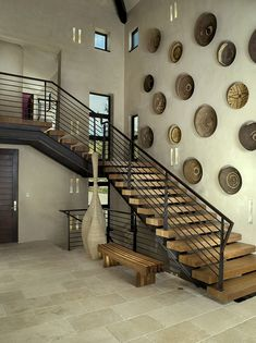 Stairways are one of the greatest spots in a home to hang the art. For many homeowners, the ability to beautify the decor on staircase wall can be exciting! High Ceiling Decorating, Decorating Stairway Walls, Staircase Wall Decor, Stair Walls, Modern Staircase, Staircase Design, Staircase Contemporary, Plans Loft, Le Colorado