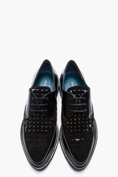 MARC BY MARC JACOBS Black patent leather and suede studded creepers