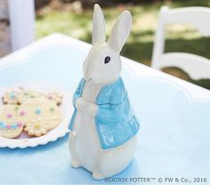 Bring Peter Rabbit™ to your springtime tableau with this handpainted cookie jar, designed to look just like the classic character you cherish.