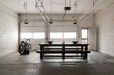 Salle a manger dans ancien garage