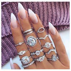 """532 Likes, 2 Comments - Naklejki wodne na paznokcie ❤ (@sklep_raisin) on Instagram: """"Koronkowa naklejka nr S027 💛💕 Wszystkie wzory są dostępne w linku w bio 😍 #paznokcie #nails…"""""""