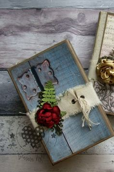 I love making books have done for years, no matter Notebooks, Journals, Making Books, Handmade Notebook, Junk Journal, Mini Albums, Paper Flowers, Ladder Decor, Arts And Crafts