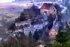 Burg Pottenstein, Fränkische Schweiz, Bayern, Deutschland, by Werner Hense