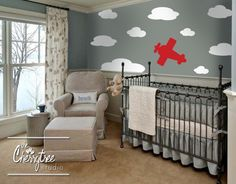 Love this airplane baby room | Boys' Airplane Set - BabyLife.co.za