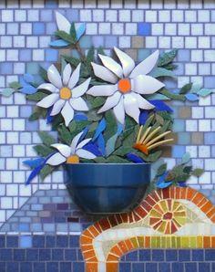 Resultado de imagem para Mosaic dog by Solange Piffer Mosaic Wall Art, Tile Art, Mosaic Tiles, Sea Glass Mosaic, Stone Mosaic, Stained Glass, Mosaic Crafts, Mosaic Projects, Mosaic Designs