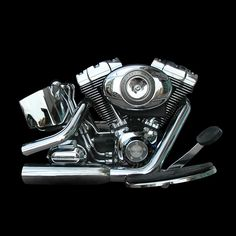"NO 19: HARLEY DAVIDSON ""TWIN CAM"" SOFTAIL MOTORCYCLE ENGINE 