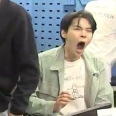 Funny Kpop Memes, Bts Memes, Meme Faces, Funny Faces, Memes Chinos, Nct Doyoung, Nct Johnny, Pre Debut, Mood