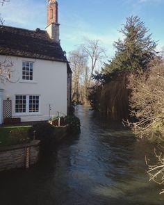 River Windrush, Witney, Oxfordshire Witney Oxfordshire, Slow Travel, British Isles, Great Britain, Scotland, Ireland, To Go, Mansions, House Styles