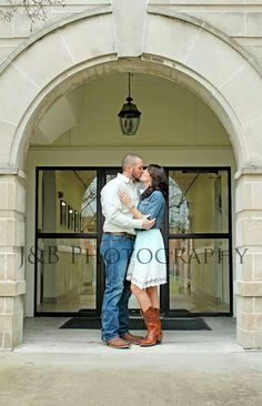 Vintage Inspired Courthouse Wedding But With A Dr Pepper And T E Ideas Pinterest