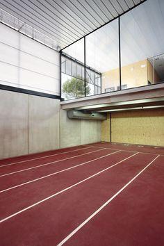 Zona entrenament coberta / Pista Atletisme Calvià / NIU Arquitectura