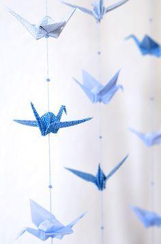 Décoration origami bleu pour chambre d'enfant / Origami birds