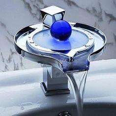 10 Extraordinary Elegant Bathroom Faucet Designs
