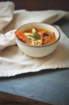 Chettinadu Nandu Rasam / Spicy Crab Legs Soup; is an ideal health restoring soup, through boosting the immune system - It's delicious too!