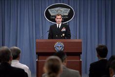 """Washington, 19 dic (EFEUSA).- El portavoz del Pentágono, contraalmirante John Kirby, consideró hoy que todavía es """"muy pronto"""" para saber si el cambio en las relaciones entre Estados Unidos y Cuba afectará a la base militar que tienen en Guantánamo, donde hay detenidos más de un centenar de sospechosos de terrorismo. En una rueda de …"""