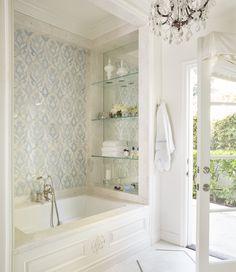 small bathroom design bath and shower Bathroom Renos, Bathroom Renovations, Bathroom Interior, Bathroom Ideas, Bathroom Mirrors, Small Bathroom Bathtub, Built In Bathtub, Rental Bathroom, Concrete Bathroom