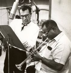 Dave Brubeck & Louis Armstrong playing together.
