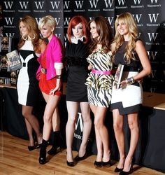 Girls Aloud (L-R) Kimberley Walsh, Sarah Harding, Nicola Roberts, Cheryl Cole and Nadine Coyle attend a book signing for their autobiography 'Girls Aloud Dreams That Glitter - Our Story' October 2008 in London, England. Nadine Coyle, Sarah Harding, Kimberley Walsh, Nicola Roberts, National Film Awards, Girls Aloud, Cheryl Cole, Book Signing, Beautiful Women