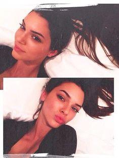 Kendall Jenner) hey I'm Kendall! I'm 18 and single, I like to model and take photos. Kendall Jenner Photos, Kendall And Kylie Jenner, Kendall Jenner Eyebrows, Jenner Girls, Jenner Sisters, Kardashian Jenner, Looks Style, Cara Delevingne, Girl Crushes