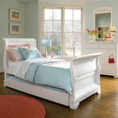 All Seasons Sleigh Bed : Young America