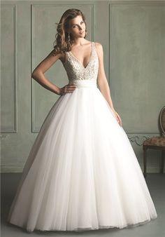 Welchen Brautkleidtypen wählen Sie?  Das 'Ballkleid' ist das perfekte Kleid für eine Prinzessinnen Hochzeit! Oft ist das Bustier mit aufwendigen Verzierungen bestickt und der Rock besteht aus mehreren Lagen Tüll.