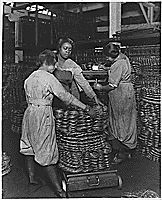 African American women weighing wire coils and recording weights, to establish wage rates. Ww2 History, History Images, African American History Month, African American Women, Today In Black History, National Archives, World War Ii, Weights, United States