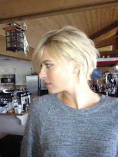 35 Cute Short Hairstyles for Women | http://www.short-hairstyles.co/35-cute-short-hairstyles-for-women.html