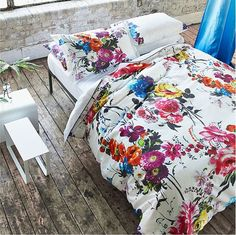 Choose from a great range of Designers Guild Duvet Covers. Including Bed Linen, King Size Beds, and Floral Bedding. Free UK mainland delivery when you spend and over. Best Bedding Sets, Luxury Bedding Sets, Comforter Sets, Floral Bedding, Linen Bedding, Bed Linens, Floral Bedroom Decor, Linen Couch, Pottery Barn