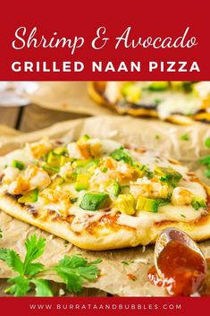 Whether you need a quick and easy appetizer or entree, this shrimp and avocado grilled naan pizza with honey-sriracha BBQ sauce hits the spot. This easy grilled pizza is always a crowd favorite. Tailgating Recipes, Grilling Recipes, Seafood Recipes, Pizza Recipes, Vegetarian Grilling, Healthy Grilling, Barbecue Recipes, Barbecue Sauce, Flatbread Recipes