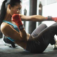 El ejercicio físico elimina una parte de la grasa y hace que la restante sea más saludable. Además aumenta el flujo sanguíneo en el tejido y libera químicos beneficiosos para la salud del tejido adiposo.