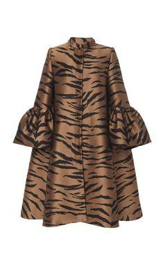 Get inspired and discover Carolina Herrera trunkshow! Shop the latest Carolina Herrera collection at Moda Operandi. African Attire, African Fashion Dresses, African Wear, African Dress, Hijab Fashion, Fashion Outfits, Womens Fashion, Mode Kimono, Kimono Style